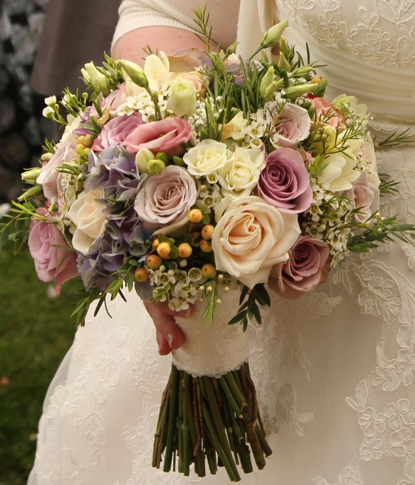 Wedding Flowers Cambridge: The Manor Florist