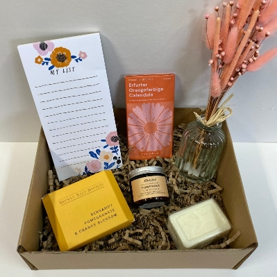 Mother's Day Sunshine Gift Box